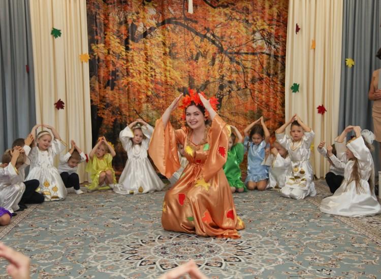 Ребята из старшей группы «Родничок» встречали праздник Покрова Пресвятой Богородицы